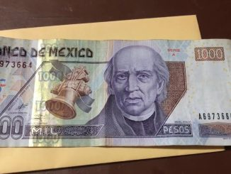 un billete de mil pesos mexicanos