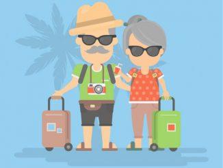 pareja de la tercera edad jubilada